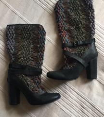 POPUST - Sive / šarene čizme na štiklu