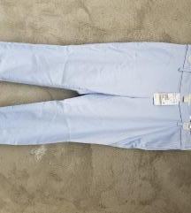 H M Zenske pantalone Chino Novo sa Etiketom