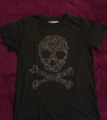 Markirana moderna majica sa nitnama