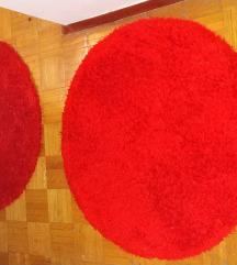 tepih-staza okrugli (1 za 800din) (4 za 3200)