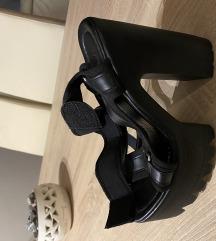 Stikle sandale
