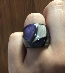 stakleni prsten