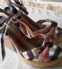 Burbery sandale