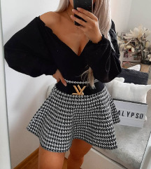 H&M prelepa crna bluza