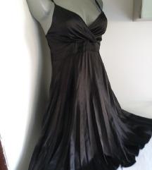 Crna plisirana haljina S/M