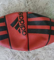 Adidas košarkaška lopta