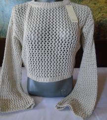 Nov, sa etiketom italijanski rupičasti džemperić