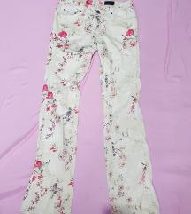 Calvin Klein pantalone vel 27