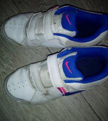 Nike patike za devojcice br.35