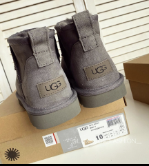 Original nove UGG čizme