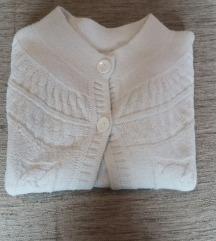 Beli džemperčić
