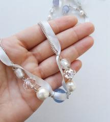 Six bela ogrlica *NOVO*