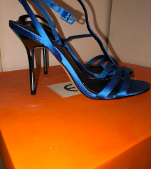 Zara sandale na stiklu