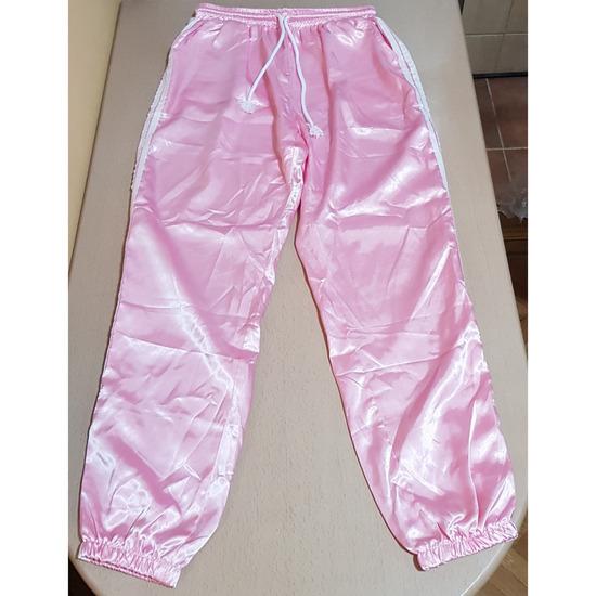 Svilene roze trenerke