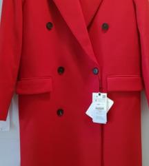 Nov crveni limited Zara kaput