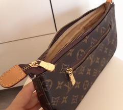 3499 ** Kožna Louis Vuitton Pochette