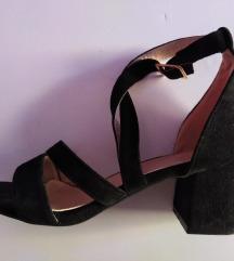 Sandale 37 (24 cm gaziste)