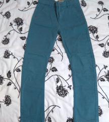 Plave pantalone za decaka