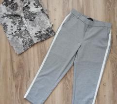 Zara cigaret pantalone kao nove