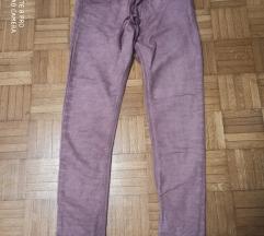 Zenske pantalone italijanske