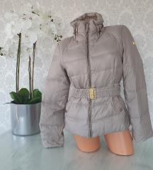 ZARA prelepa jakna!