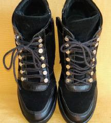 Guess sportske cipele - original 38