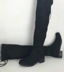 Nove crne cizme preko kolena