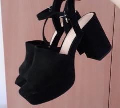 Pull and Bear letnje crne sandale - SNIZENO
