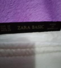 Mini suknja na preklop Zara.