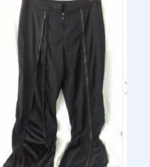 specifične pantalone
