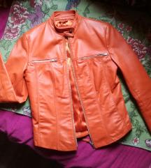 Kozna narandzasta jakna SNIZENA NA 3000