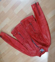 Mainpol jakna crvena SNIZENA NA 140E