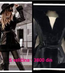 Monton jakna SADA ZA SAMO 3000