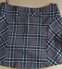 Karirana mini suknja L